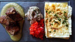 Kasbushi kebab and lavash