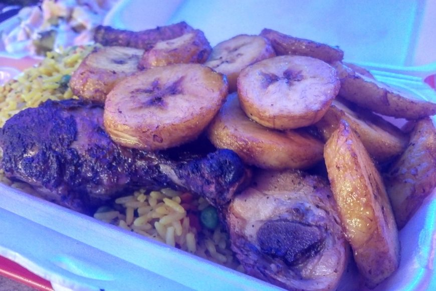 Grilled chicken and plantains - Africa Slow Food