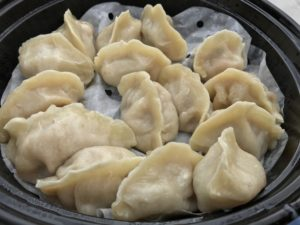 Steamed shrimp and pork dumplings - Dumpling? Dumpling!